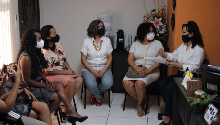 Movimento Mais Mulheres No Poder entrega Carta Compromisso aos candidatos e candidatas