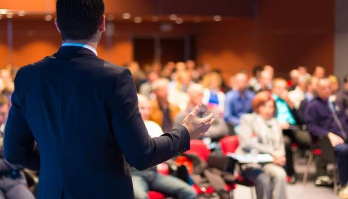 Convenções partidárias seguem até o dia 16 de setembro para estabelecer candidatos à prefeitura